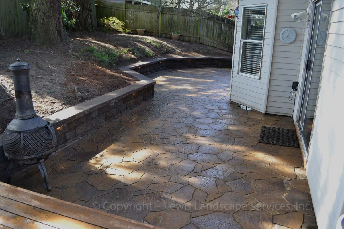 Outdoor-living-spaces-paver-patios-driveways-pathways-reilly-project-spring-2012 004