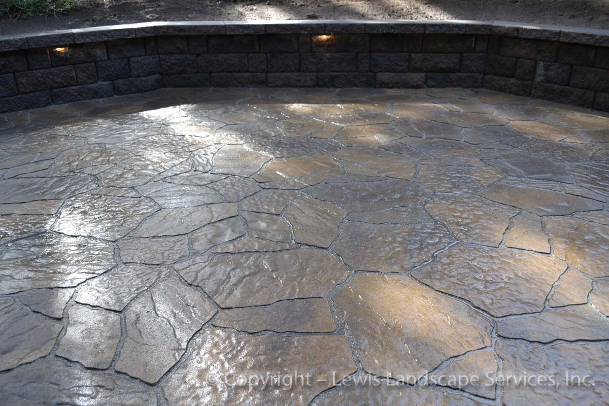 Outdoor-living-spaces-paver-patios-driveways-pathways-reilly-project-spring-2012 006