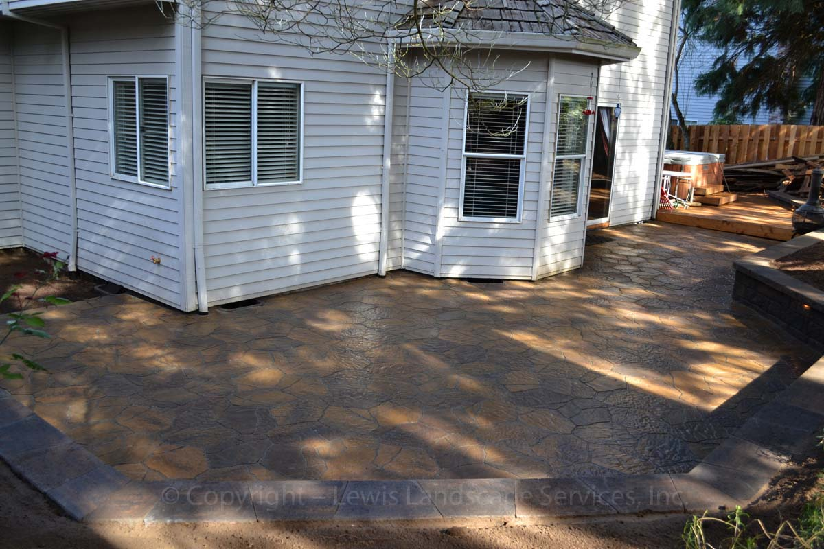 Outdoor-living-spaces-paver-patios-driveways-pathways-reilly-project-spring-2012 007