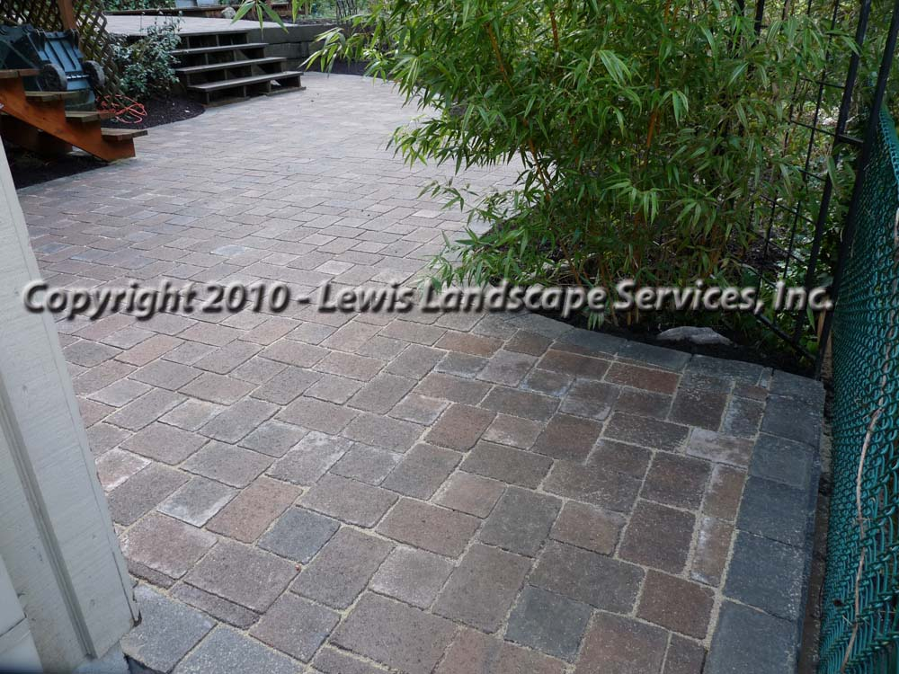 Outdoor-living-spaces-paver-patios-driveways-pathways-shannon-project-february-2010 001