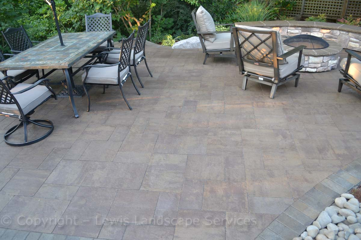 Paver Patio, Seat Wall, Fire Pit