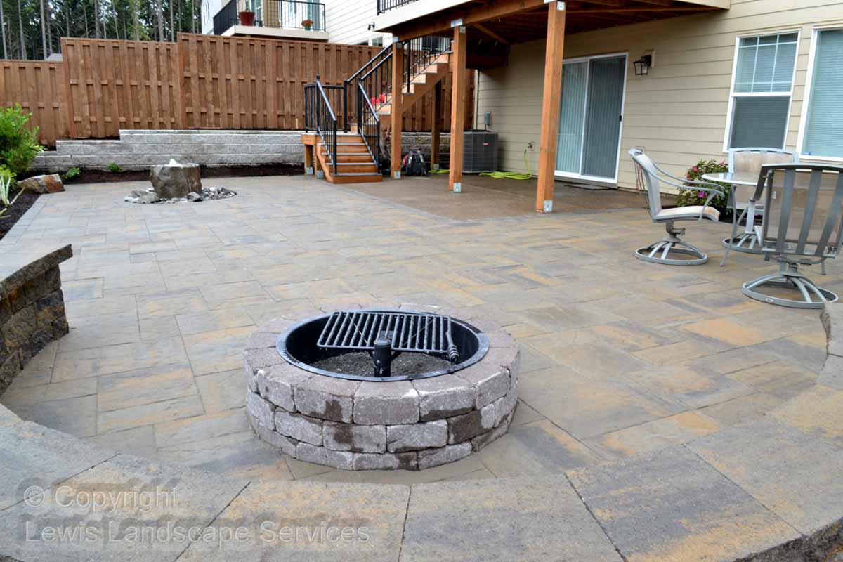 Paver Patio, Fire Pit, Seat Wall & Bubbler Fountain