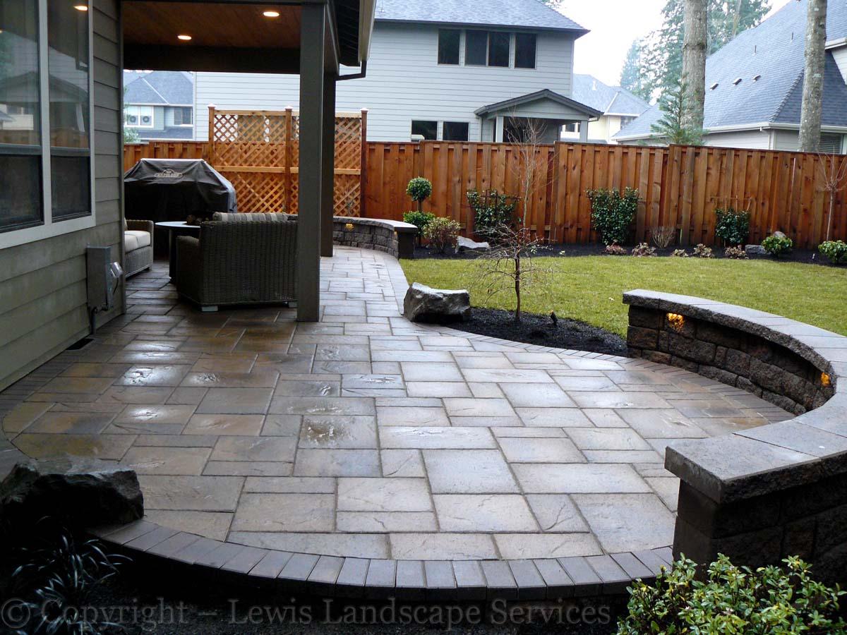 Seat-walls-courtyard-walls-columns-andrews-project-jan-2014 000