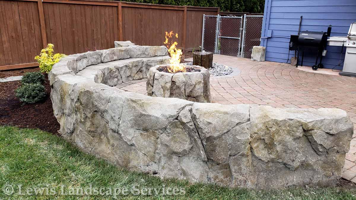 Seat-walls-courtyard-walls-columns-custom-seat-wall-spring-18 002