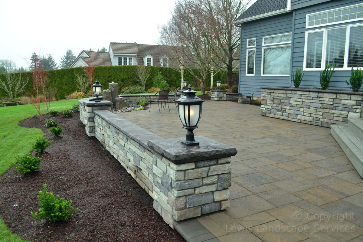 Seat-walls-courtyard-walls-columns-hampton-project-fall-14 003
