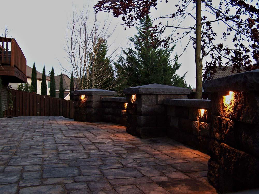 Seat-walls-courtyard-walls-columns-harmon-project-2008-walls-lit-up-custom-lighting 001