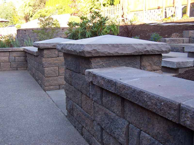 Seat-walls-courtyard-walls-columns-laughlin-project-2007 000
