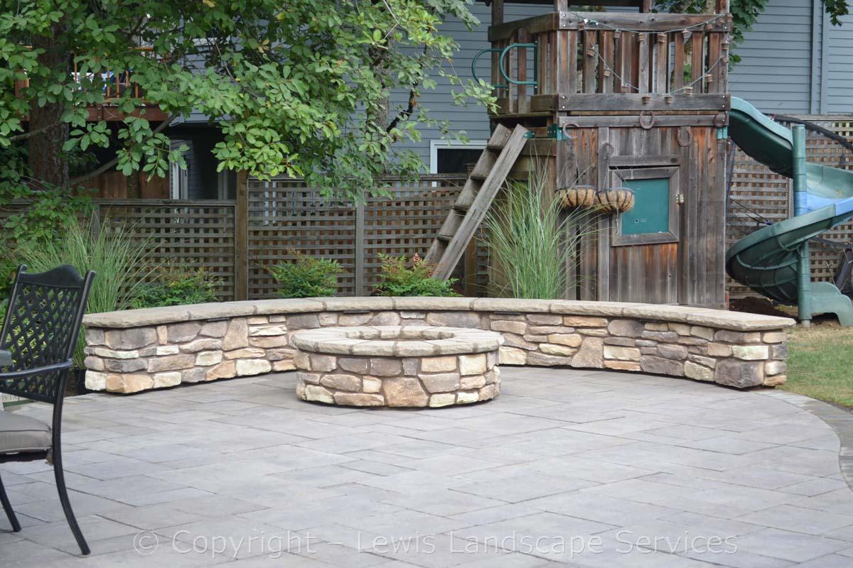 Seat-walls-courtyard-walls-columns-tomich-project-summer-14 001