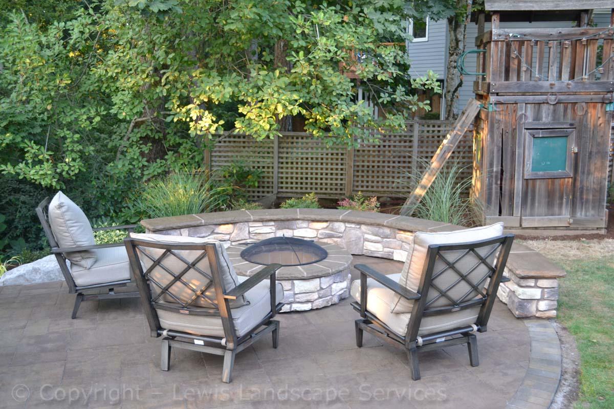 Seat-walls-courtyard-walls-columns-tomich-project-summer-14 002