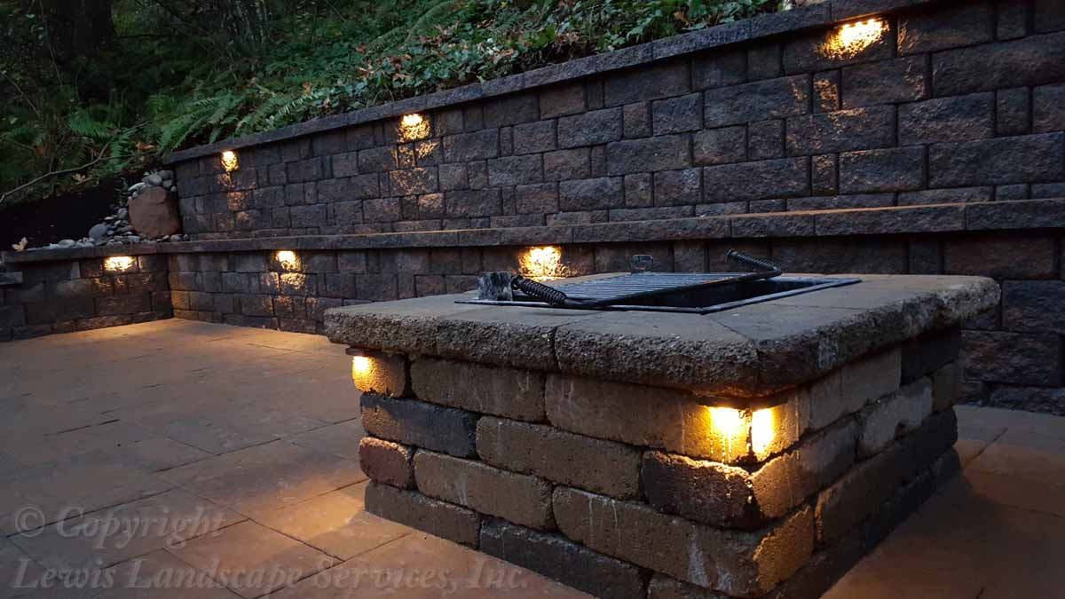 Segmental Retaining Wall (With Hardscape Lights Installed)