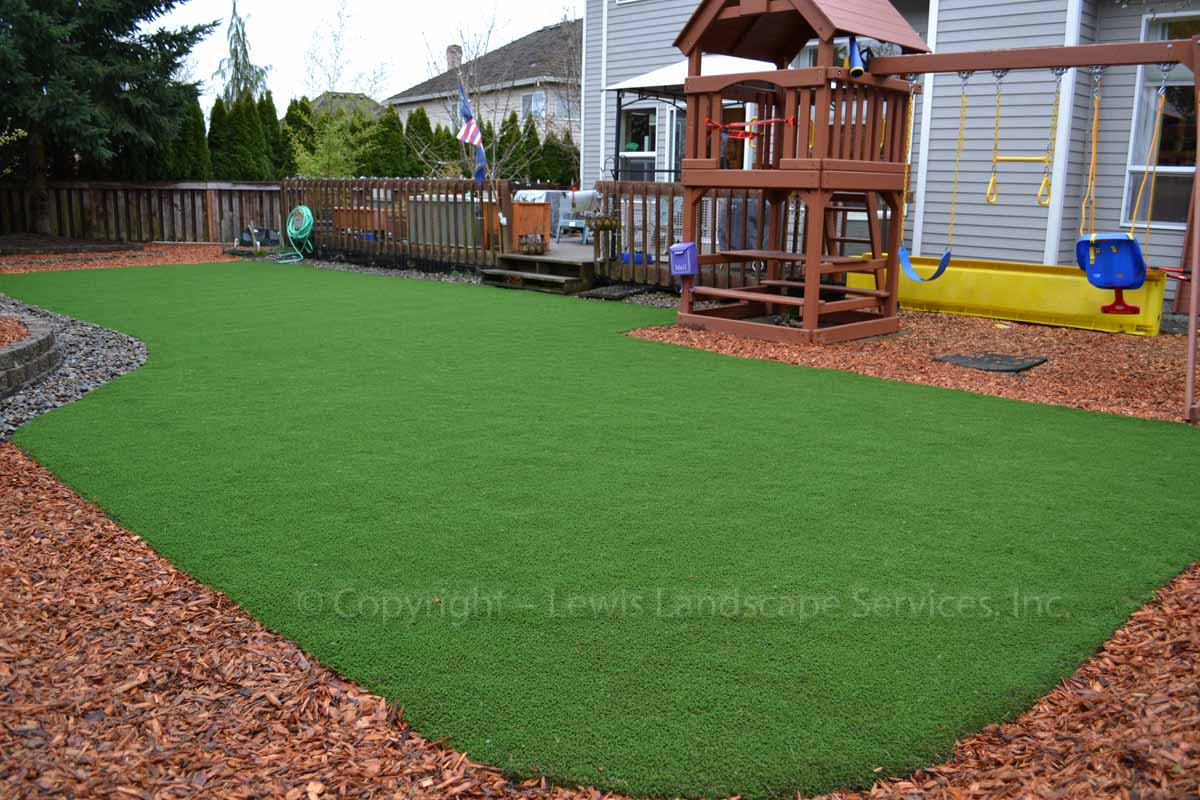 Synthetic-turf-artificial-turf-putting-greens-installations-ditchfield-project 004