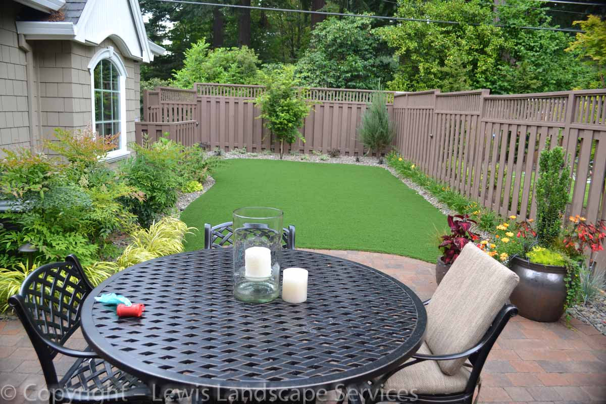 Synthetic-turf-artificial-turf-putting-greens-installations-shanaberger-project 003