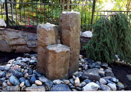 3-Rock Bubbler Fountain Water Feature in Back Yard