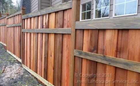 Shadowbox style cedar fence - Portland Oregon - Fence Builders