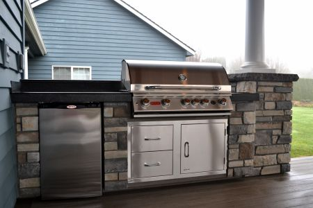 Outdoor Kitchen with BBQ, Fridge, Concrete Slab Countertops