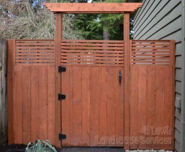 Custom Cedar Fence & Arbor - Portland Oregon - Fence Builders