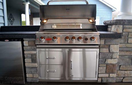 Outdoor Kitchen, BBQ Grill, Fridge