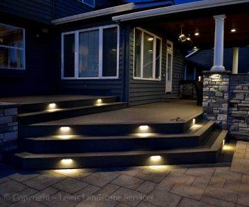 Deck Steps with Built In LED Lighting